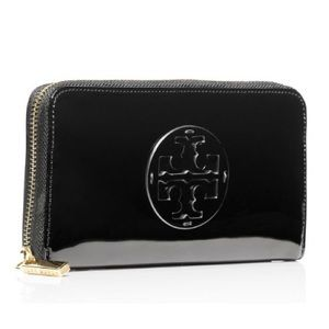 Tory Burch Bags - NWT Tory Burch patent leather zipper wallet black